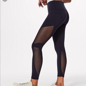 Lululemon 7/8 leggings with mesh sides